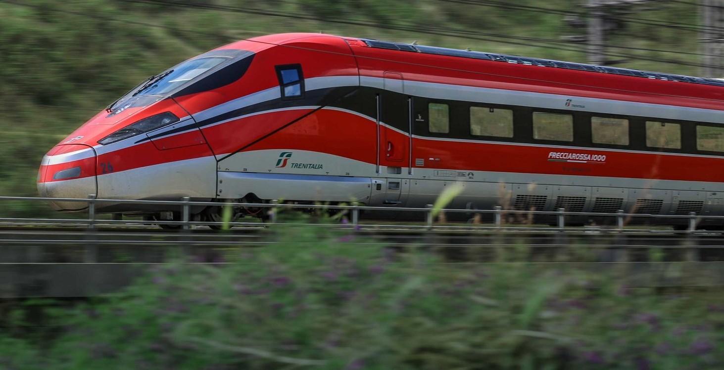 bonus-treni-metro-bus-e-mezzi-pubblici-novit-importanti-a-chi-spetta-e-quanto
