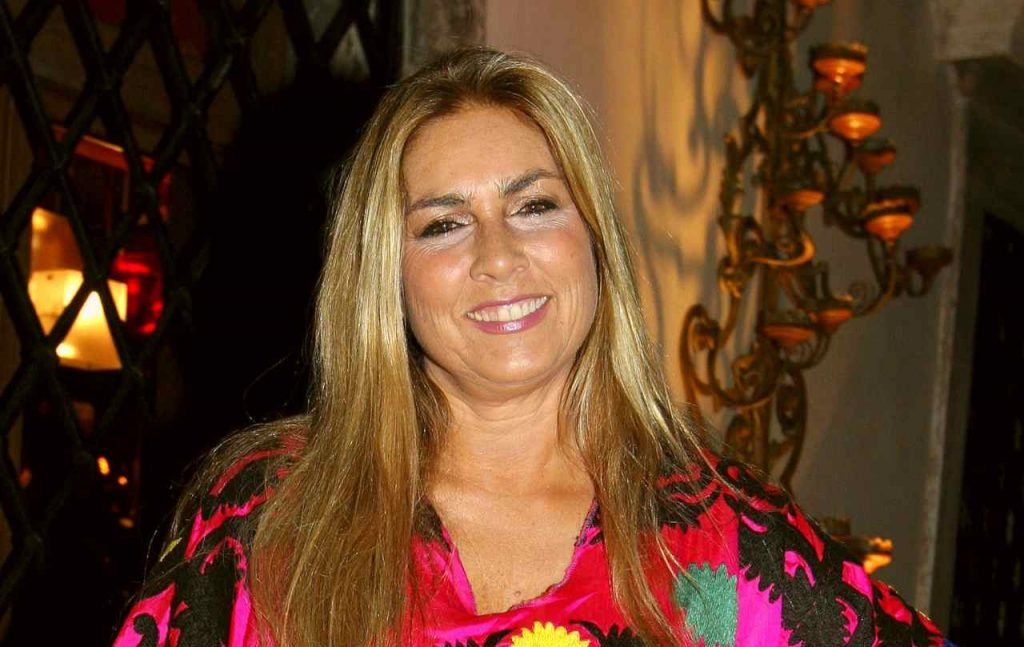 Romina-Power-1-1024x647